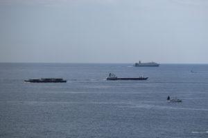 太平洋を行き交う船
